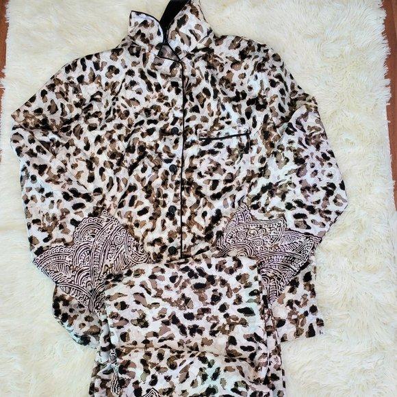 Jones 2 piece Leopard Print Pajama Set